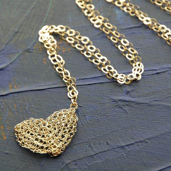 gold heart 1