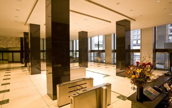 125-Broad-Street-Lobby