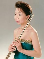 Yoko Owada GK vefur
