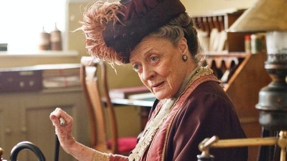 british-tv-guide-dame-maggie-smith