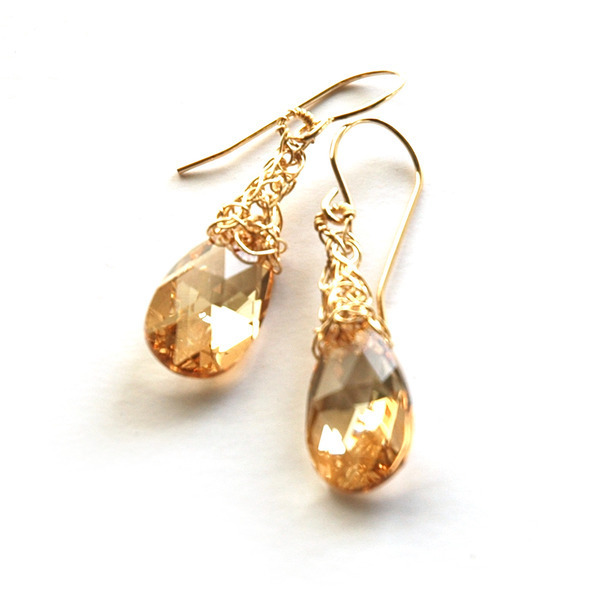 champane drops with gold knitting 1