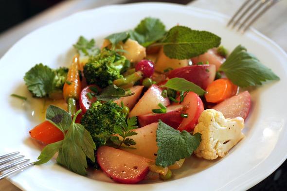 spring vegetables at Vivant