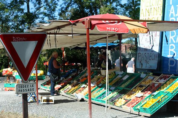 roadsides fruits and vegetables