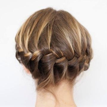 helmet-hairstyles2514-0