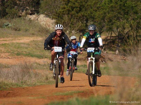 texas tight race between soph girls
