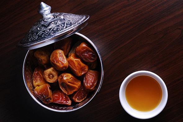 Arabic dates & Coffee - KG Production (1)