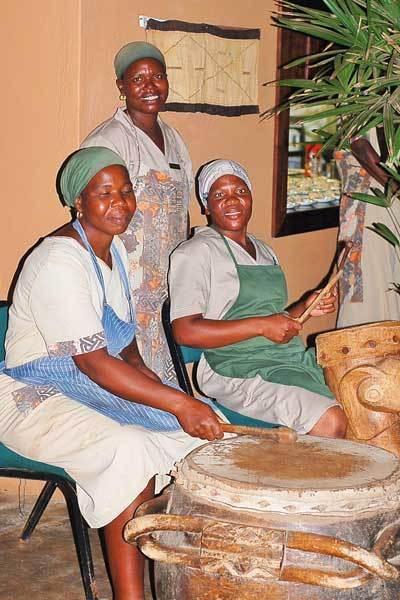girls-drumming