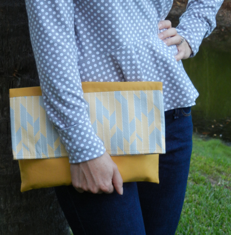 minimalista-clutch-and-papercut-patterns-petrouchka-011