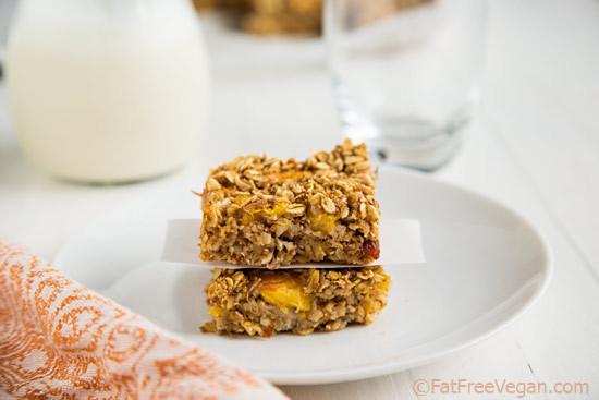 peach-oatmeal-bars2