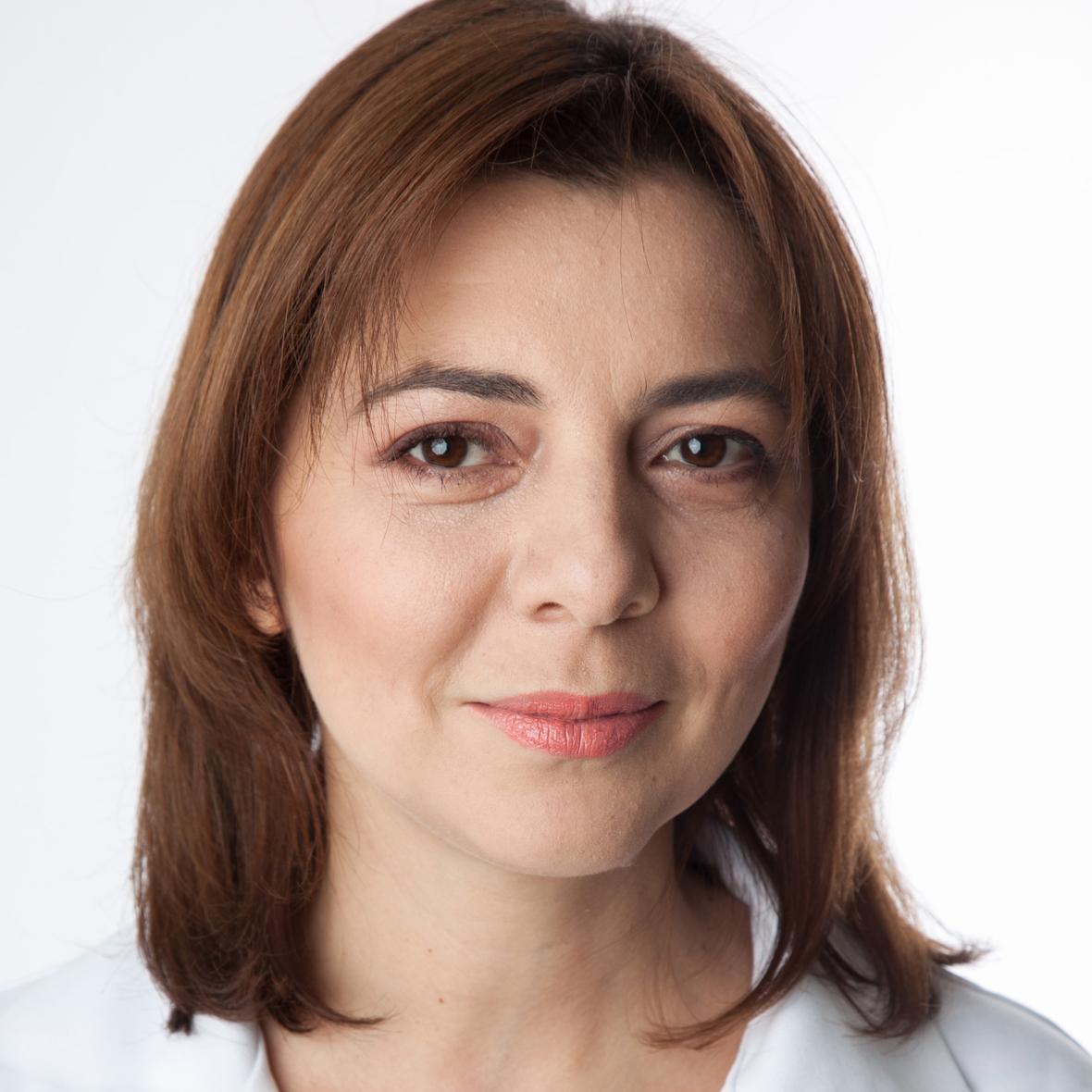 Dr.-Dorina-Codreanu-Medic-primar-Obstetrica-Ginecologie-cu-supraspecializare-FIV