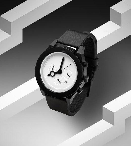 iconic-black-white