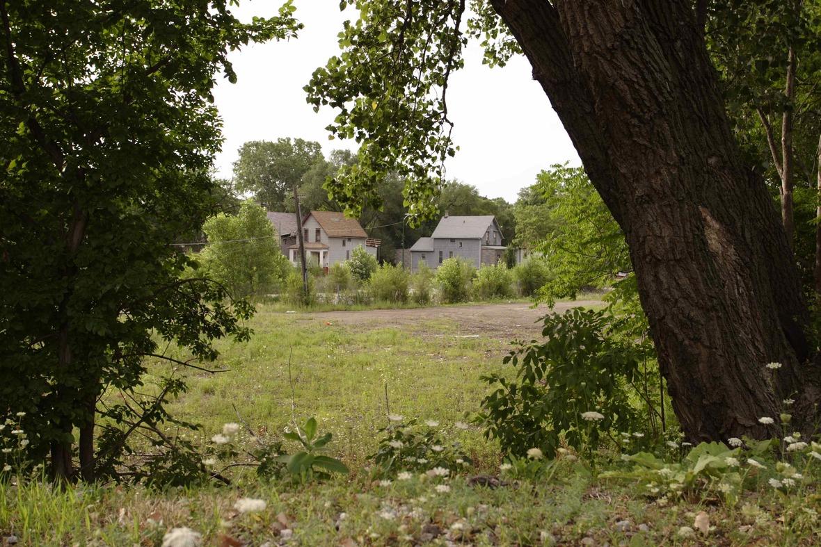 neighborhood5ericyoungsmith1012