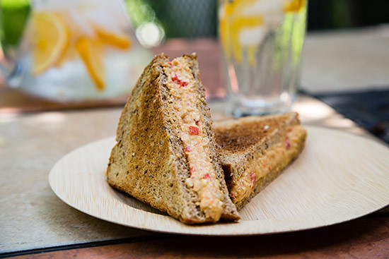 pimento-cheese-hummus3