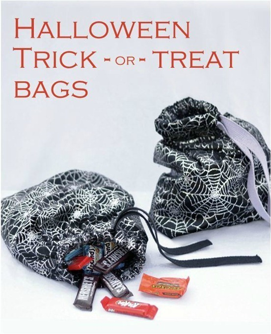 halloween-trick-or-treat-bags-simple-sew