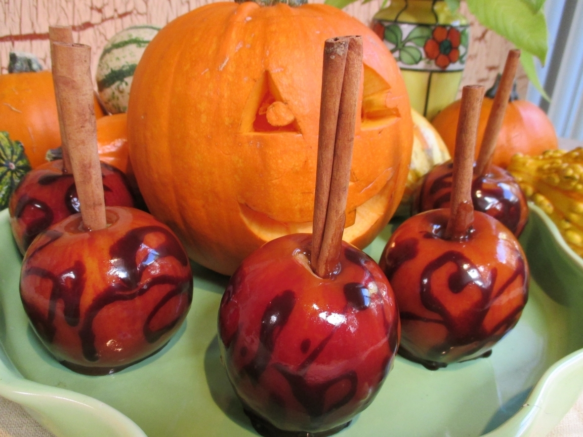 RL-Autumn-Apple-Sticks-Pumpkin