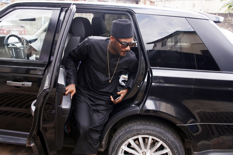 2Face steps out of his Range Rover