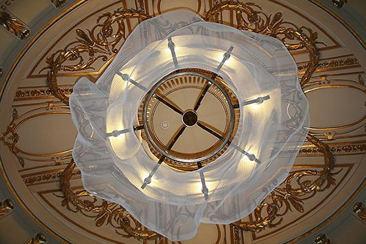 David-Begbie-ceiling-sculpture-CIRROSTRATUS-8Northumberland