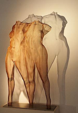 David-Begbie-sculpture-ICONIS-lit-web