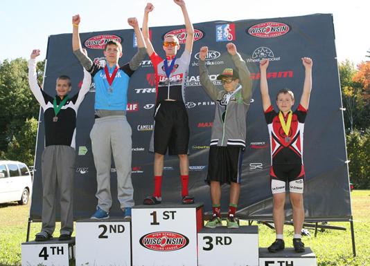 boysPodium race2600