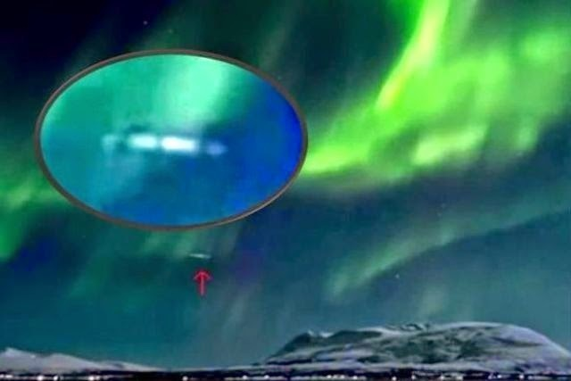 Aurora Borealis-UFO-Northern-Lights