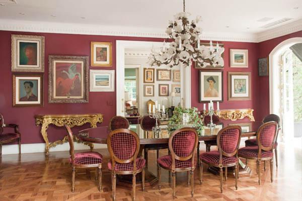 Marsala Dining Room Interior Decor