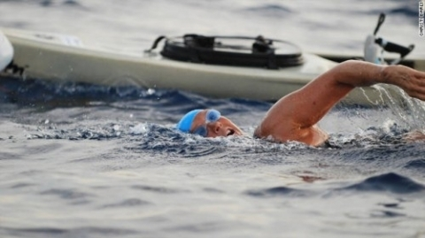 Diana Nyad Swimming