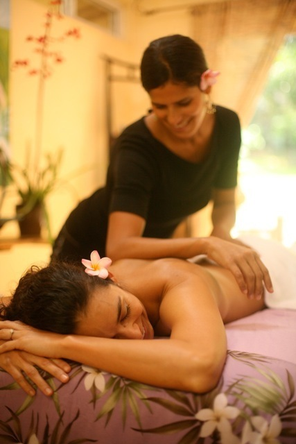 Massage  Spa  Maui  Lomi Lomi   Hawaiian Healing  Day Spa  Lomi Lomi Training   Spa retreat  Healing  Wellness