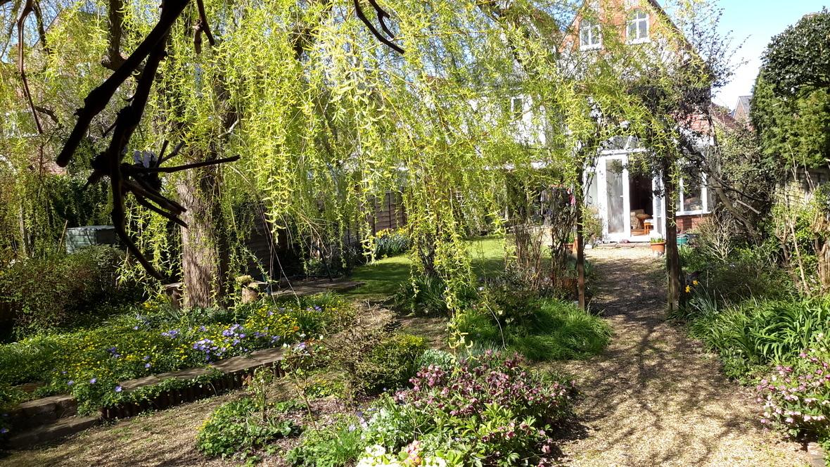 House n Garden in Spring