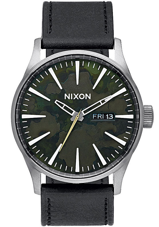 Nixon A1052069view1