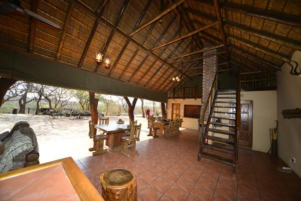 makutsi tentedcamp restaurant