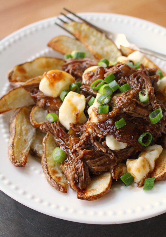 pulled-beef-poutine