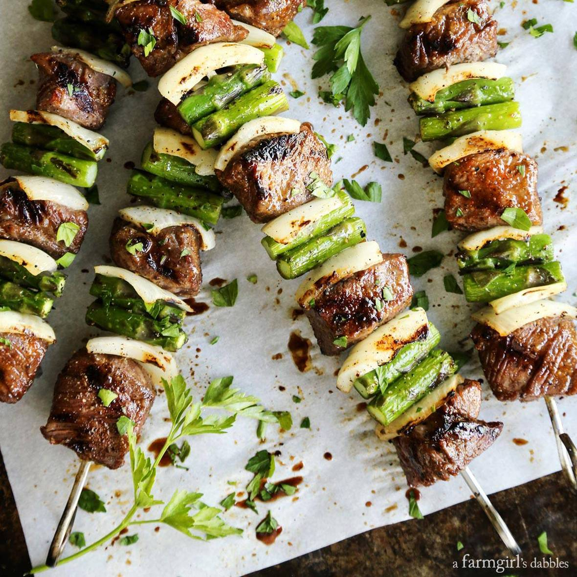 sugar-grilled-beef-and-asparagus-kebabs AFarmgirlsDabbles AFD-1 square-1