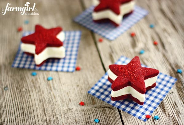 600afd IMG 6497 patriotic-ice-cream-sandwiches-with-red-velvet-star-cookies-and-cream-cheese-ice-cream-copy