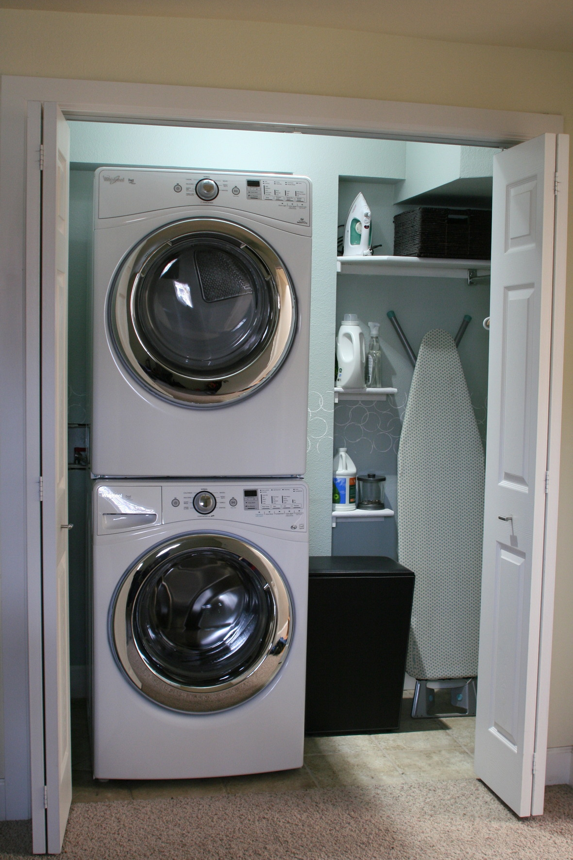7 Small Space Makeovers: 5 Amazing Real-Life Laundry Room Makeovers (plus Over 100 More Ideas