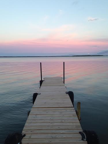 sunsetdock WhtiR