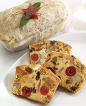 white-fruitcake-new