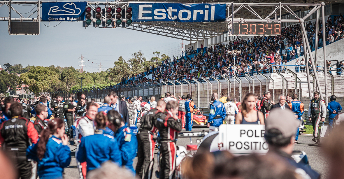 2014 estoril starting grid DSC 0071 1200px