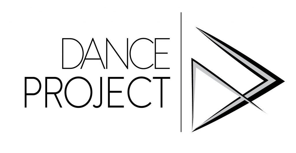 DP logo-onW