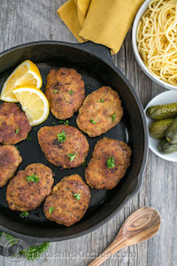 Chicken-and-Beef-Kotleti-Pozharsky-6