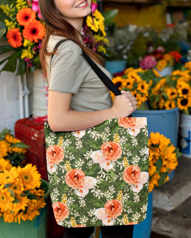 tote bag autumn garden green.png