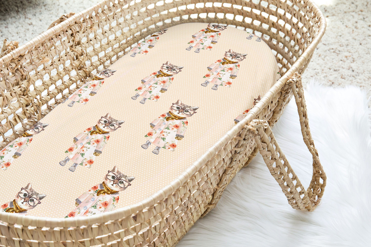 Moses Basket Miss Kitty