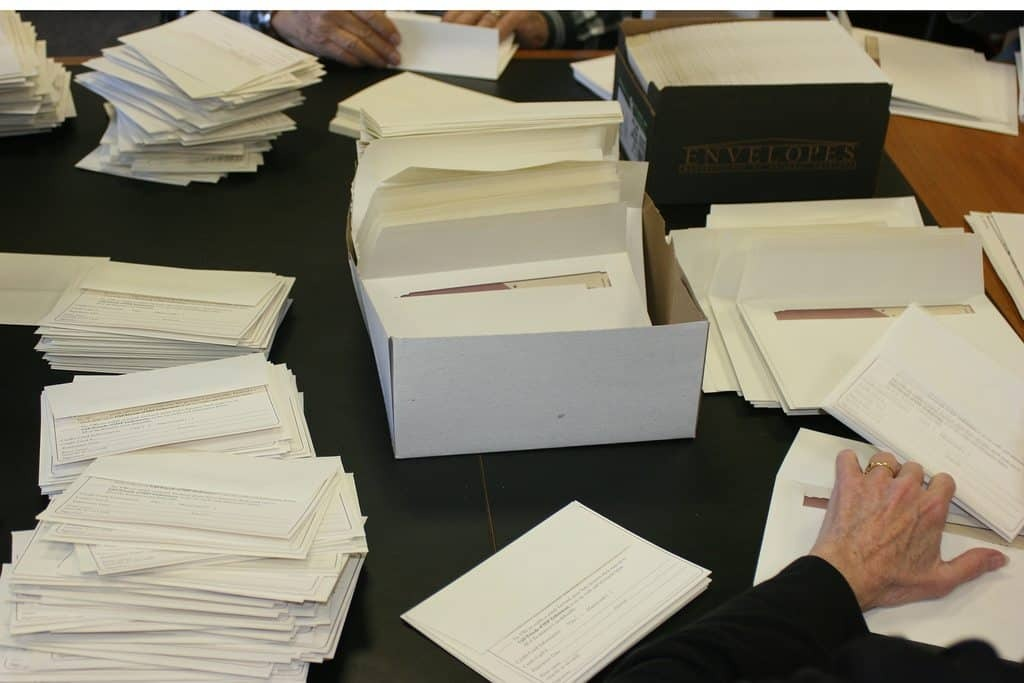 envelope stuffing