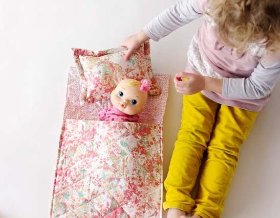 doll-sleeping-bag-tutorial
