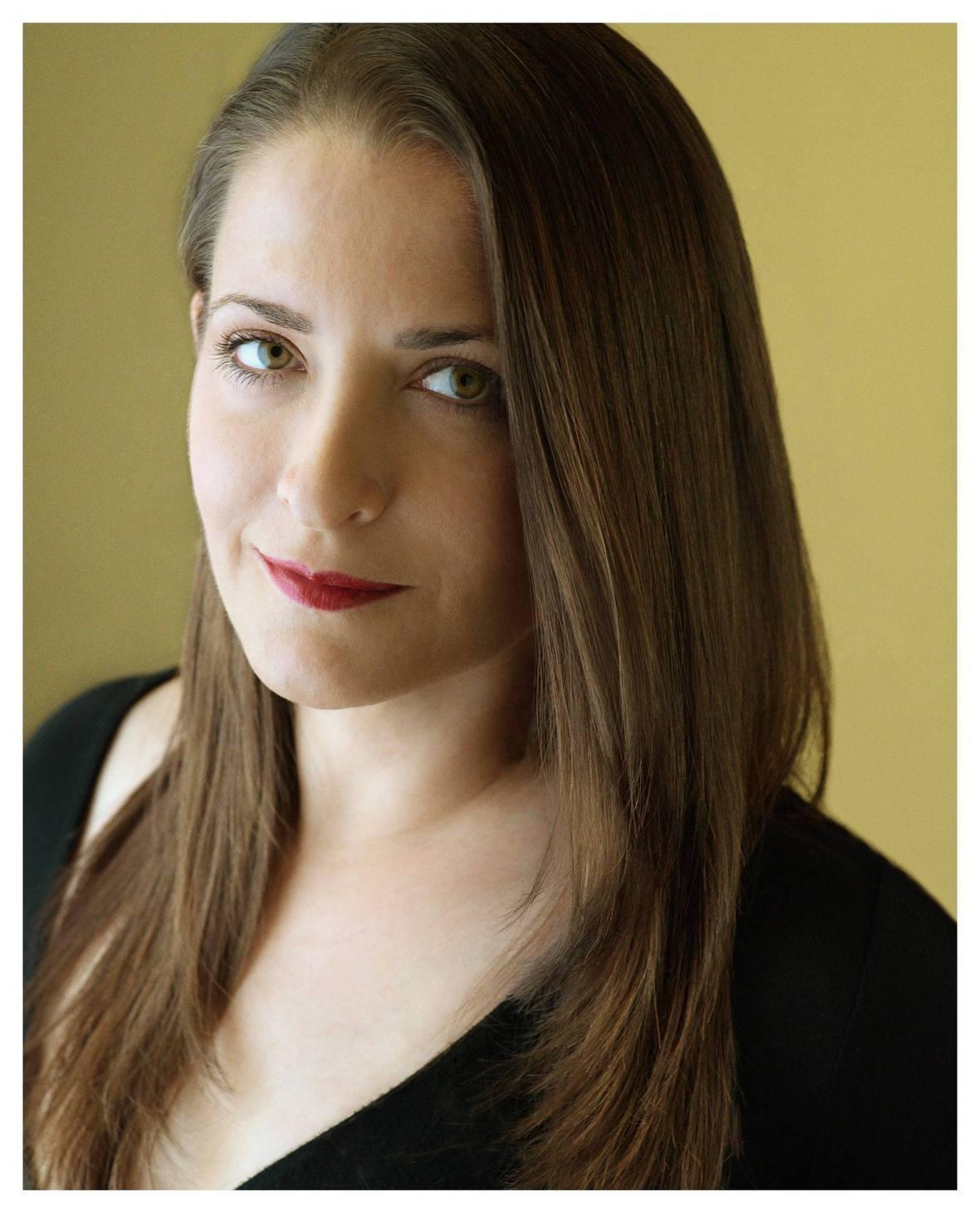 Kathleen Davison Headshot