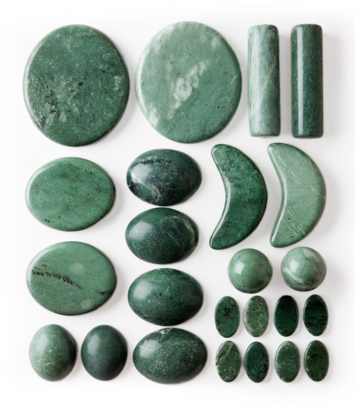 Deluxe-Signature-Jade-Stone-Set---24-Stones- -Jade-DVD 720x 5021a8ce-1b7e-4e8d-97cb-44cd5af4522a 720x824