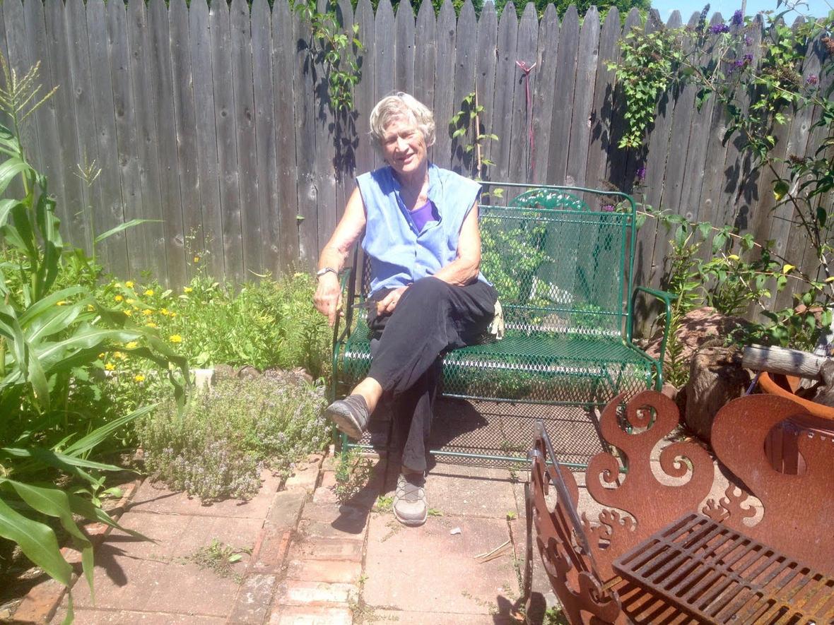 Joan garden1