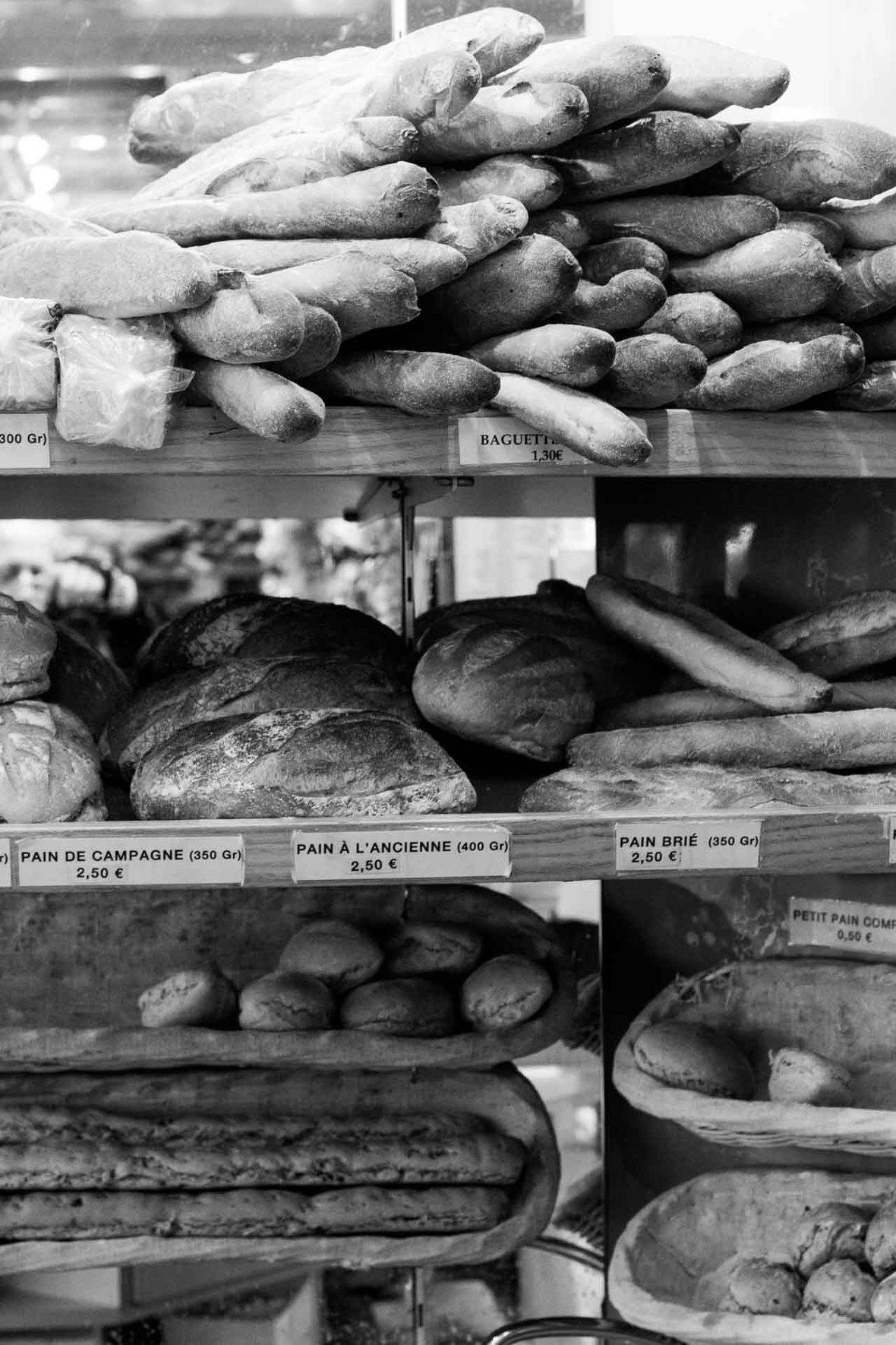 Stohrer Pastry Shop in Paris-17
