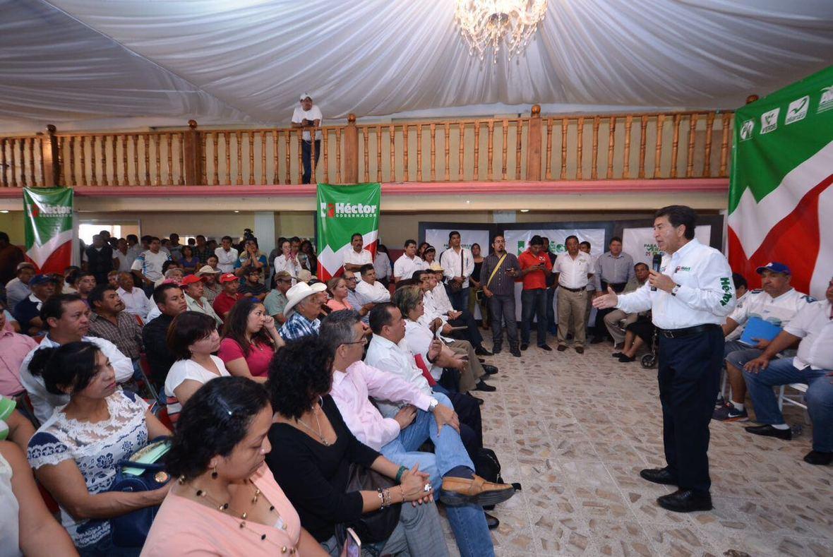 Hector Yunes Landa  Ciudad Medoza  14-04-2016-04