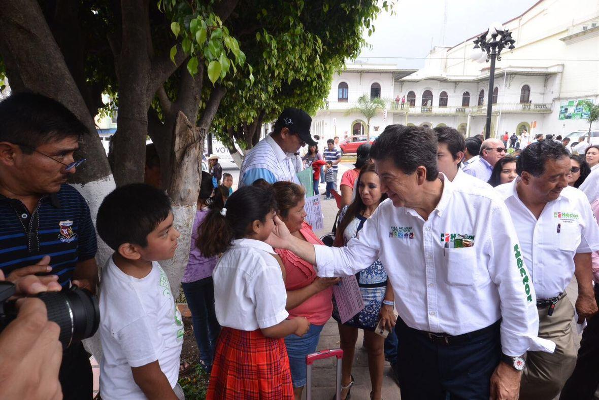 Hector Yunes Landa  Ciudad Medoza  14-04-2016-06