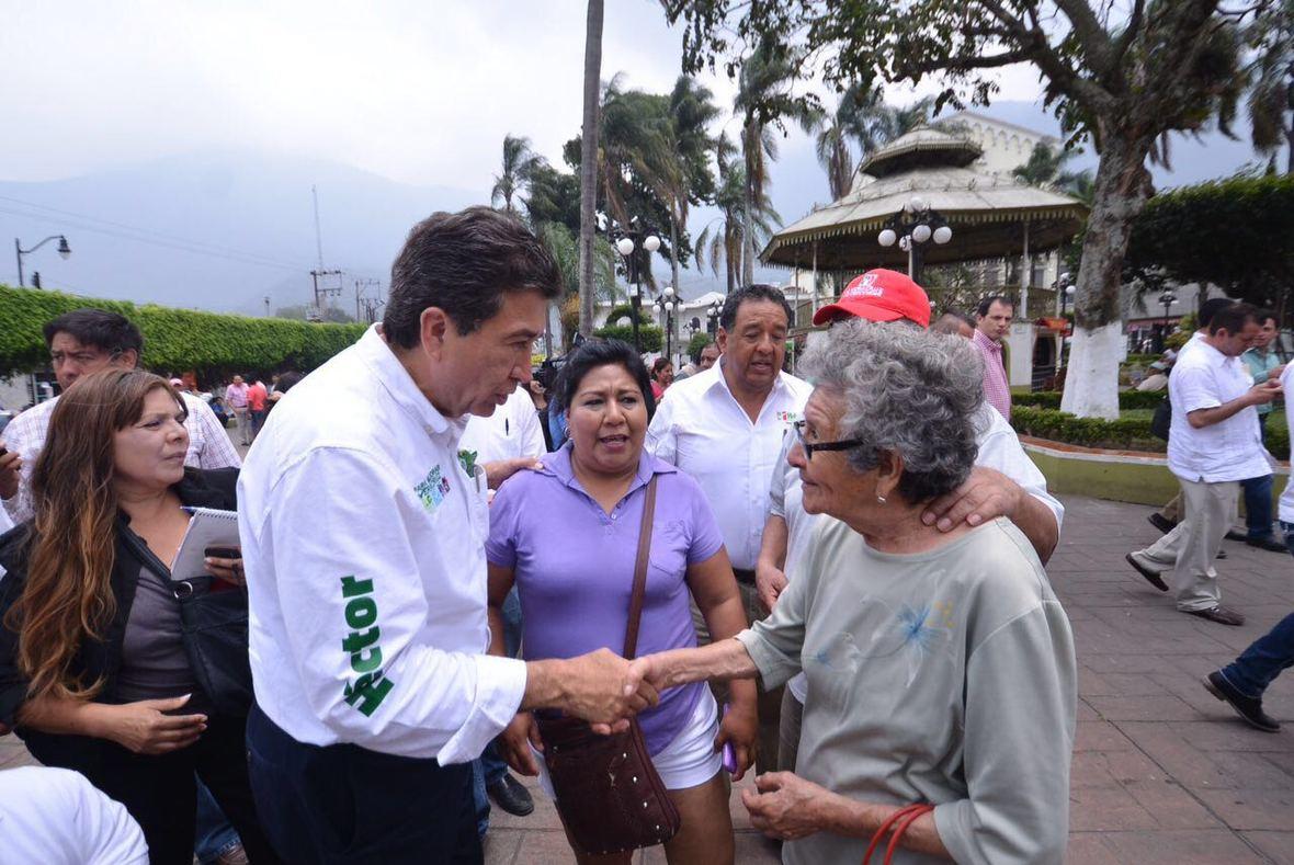 Hector Yunes Landa  Ciudad Medoza  14-04-2016-08